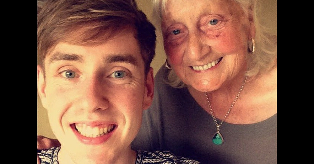 Grandmother's Overly Polite Google Search Goes Viral