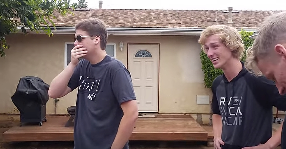Color Blind Brothers Able To See Color For First Time. Their Reactions Are Priceless