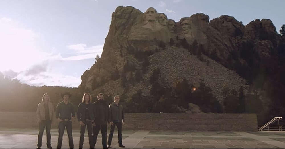 5 Men Stand In Front Of Mt. Rushmore. When They Open Their Mouths To Sing…I'm In Tears