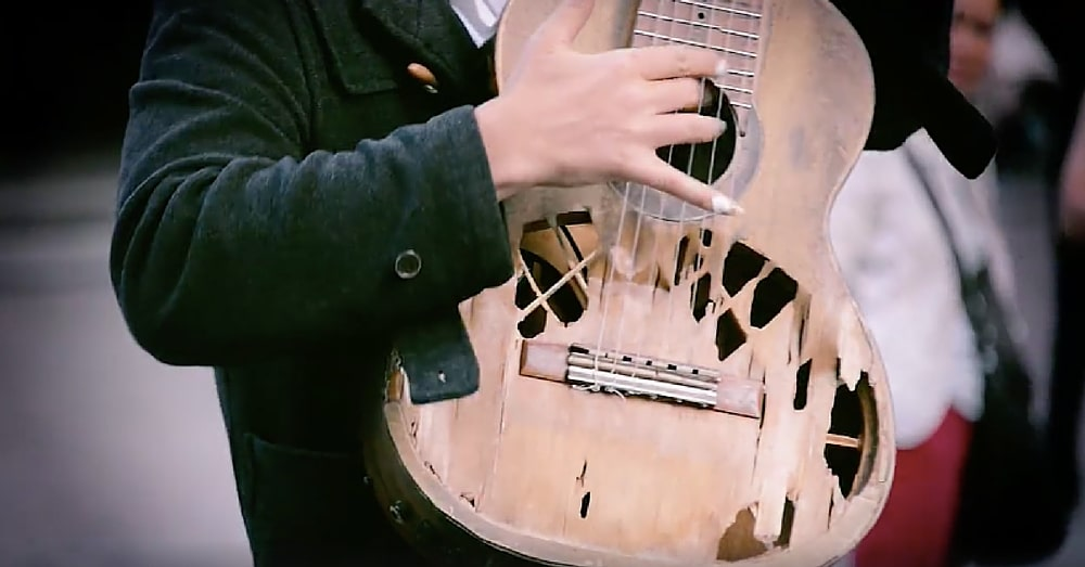 Broken Guitar Looks Like It Will Never Play Again. But When He Touches The Strings? Brilliant