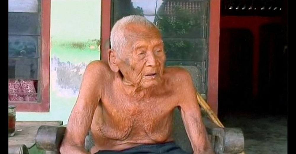 This Man Is The Oldest Living Person In The World!