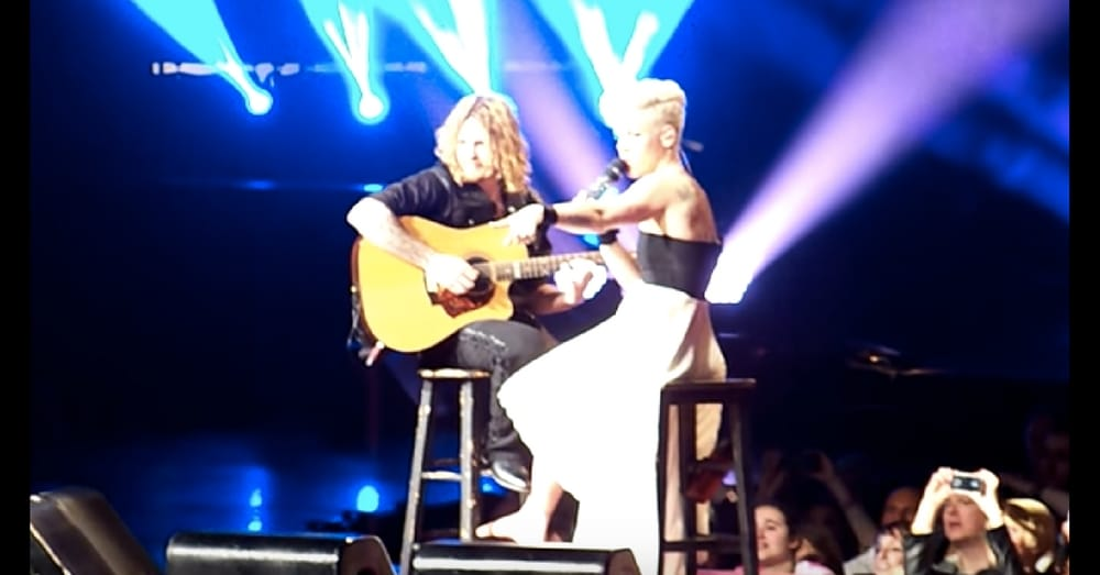 Pink Stops In Middle Of Song When She Sees Girl Crying. What She Does Next Is Going Viral