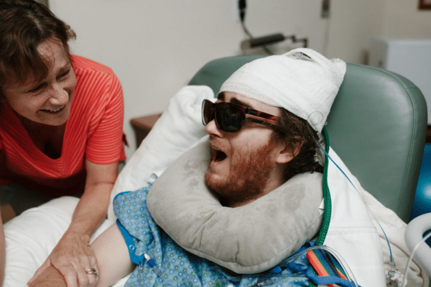 Hospital employees brought Cagney up to the labor and delivery ward from the ICU when Jessica started active labor. SARAH BOCCOLUCCI PHOTOGRAPHY