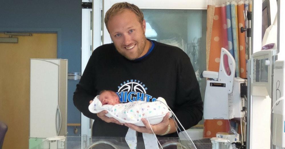 Florida Parents Celebrate Birth Of Premature Twins During Hurricane Matthew