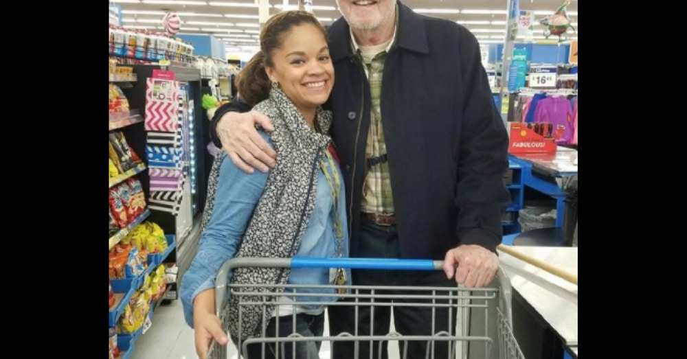 She's Buying Turkeys For Shelter When Stranger Offers To Pay. Then She Realizes Who It Is