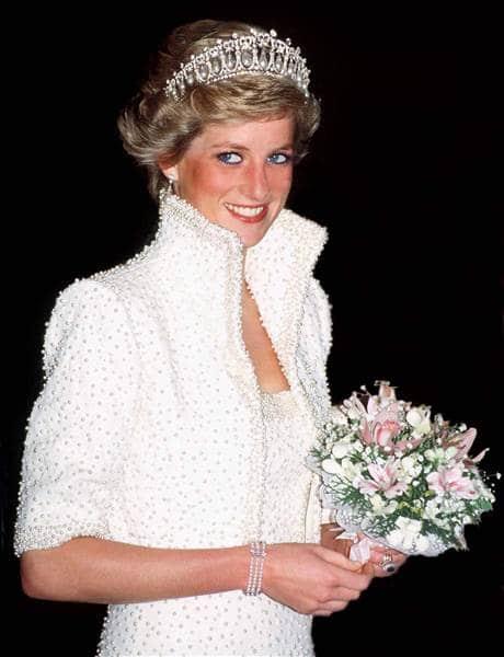 Princess Diana wearing her signature Cambridge Lover's Knot Tiara. Tim Graham / Getty Images
