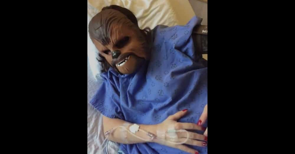 Brother Gives Her Chewbacca Mask As Pregnancy Gift. What She Does With It Has Doctors Rolling
