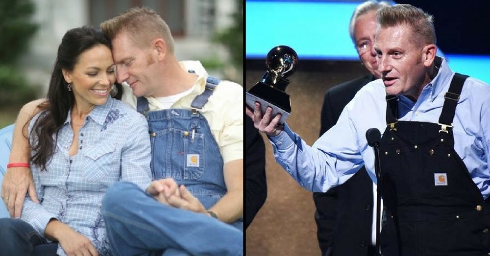 Rory Feek's Emotional Tribute To Wife After Grammy Win Leaves Audience In Tears