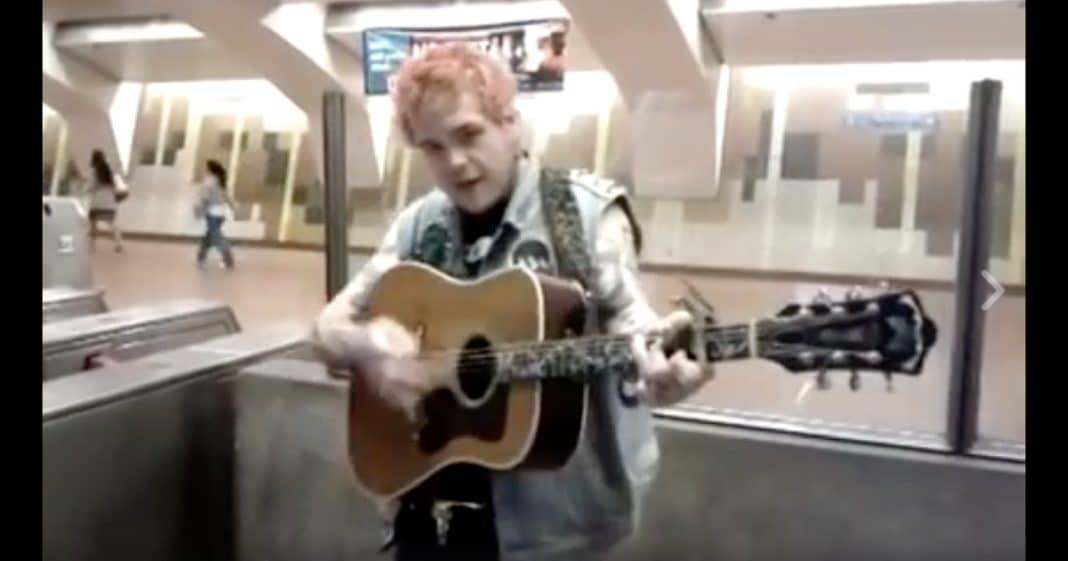 Johnny Cash Died 13 Yrs Ago, But When You Hear This Guy Sing You'll Swear He's Come Back