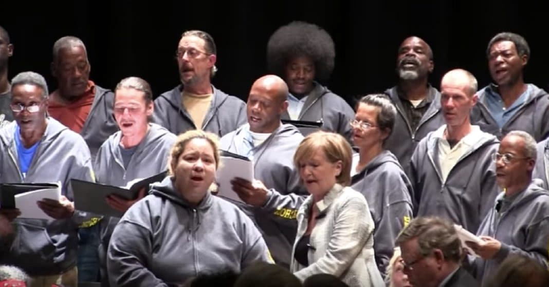 Homeless Choir Performs At Carnegie Hall, Moves Everyone To Tears The Moment They Start Singing