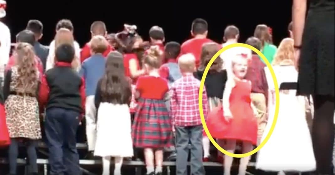 Kids Wait To Sing With Backs Turned, But Watch What Happens When The Girl In Red Spins Early
