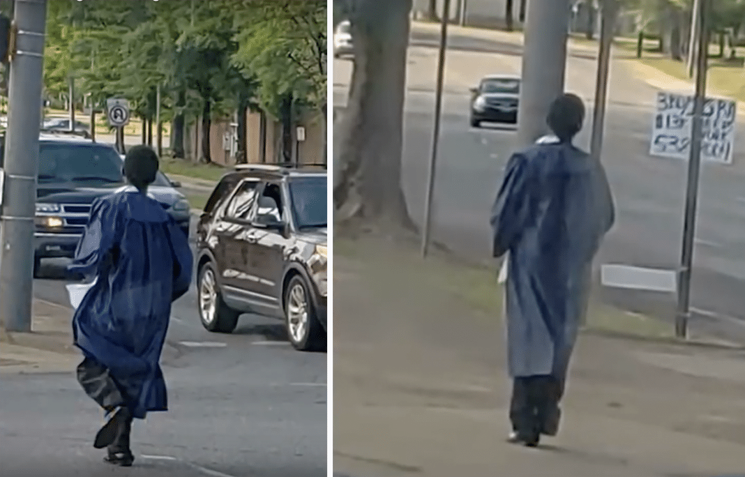 Strangers Surprise Teen With Car After Driver Snaps Photos Of Him Catching Bus To His Graduation