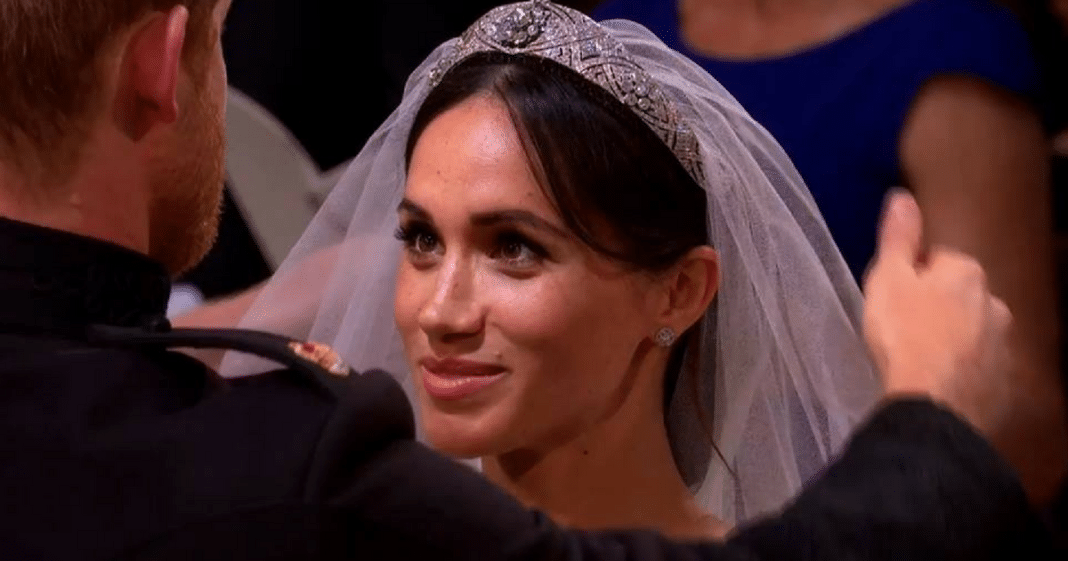 The Special Meaning Behind Diamond Tiara Queen Elizabeth Lent Meghan Markle For Royal Wedding