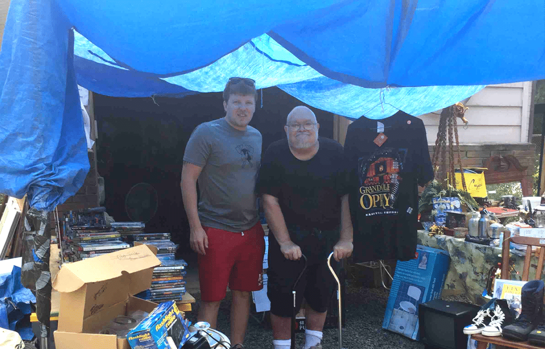 Dying 66-Year-Old Navy Vet Sells Belonging At Yard Sale To Raise Money For His Own Funeral