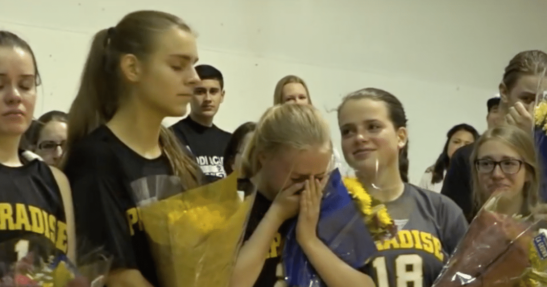 California Volleyball Team Lost Everything In Fire – Their Opponents Come Through In A Big Way