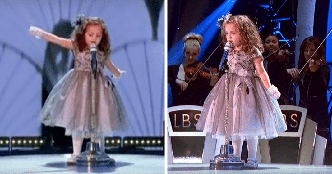 Age 4 Girl Takes Stage To Belt Out Frank Sinatra Hit, Makes Audience Soar From Their Seats