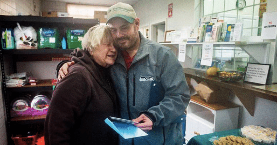 Homeless Man Finds $17,000 Cash, Gives It All To Food Bank To Help Others In Need