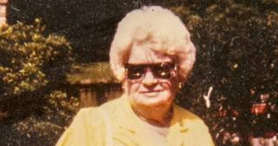 Son Never Knew Why His Mom Disappeared Every Christmas Eve, After Death Her Secret Is Revealed