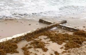 Giant cross, Ocean Manor Beach Resort