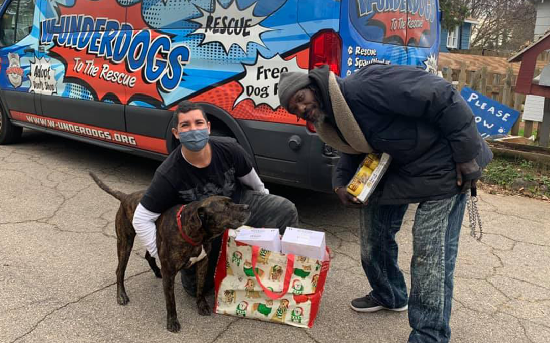 Homeless Man Risks Life to Rescue Over a Dozen Animals from Shelter Fire